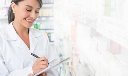 Como deve ser a qualificação de fornecedores da farmácia magistral?
